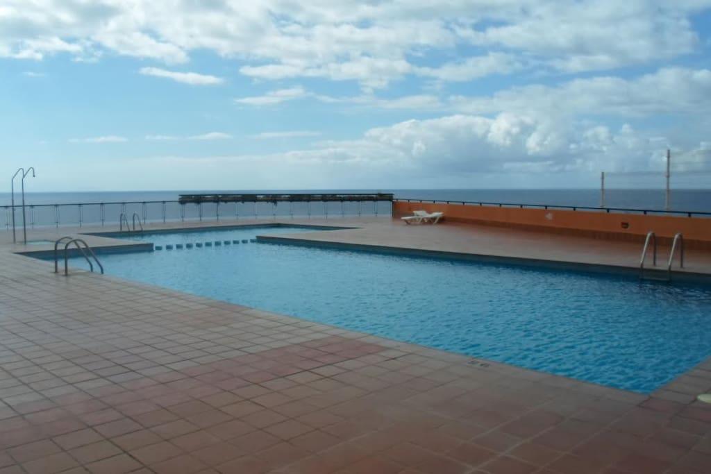 Habitaci n privada piscina wifi sinda house wohnungen zur miete in tabaiba el rosario - Habitacion piscina climatizada privada ...