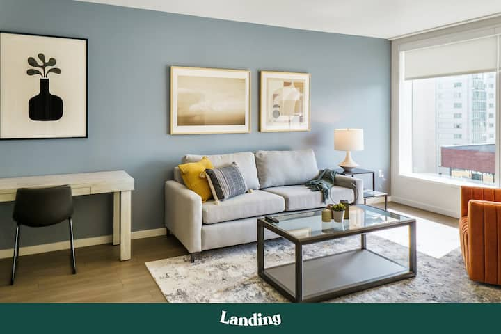 Landing | Modern Apartment with Amazing Amenities (ID501)