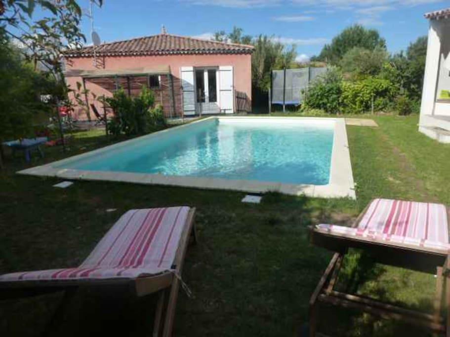 Maison avec piscine dans le sud maisons louer fons for Location maison dans le sud avec piscine