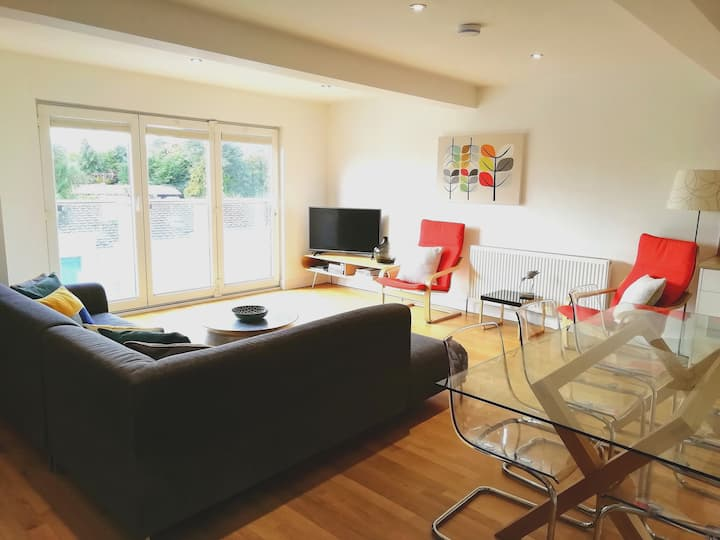 Gilbert's Place near St Ives dog friendly sleeps 8