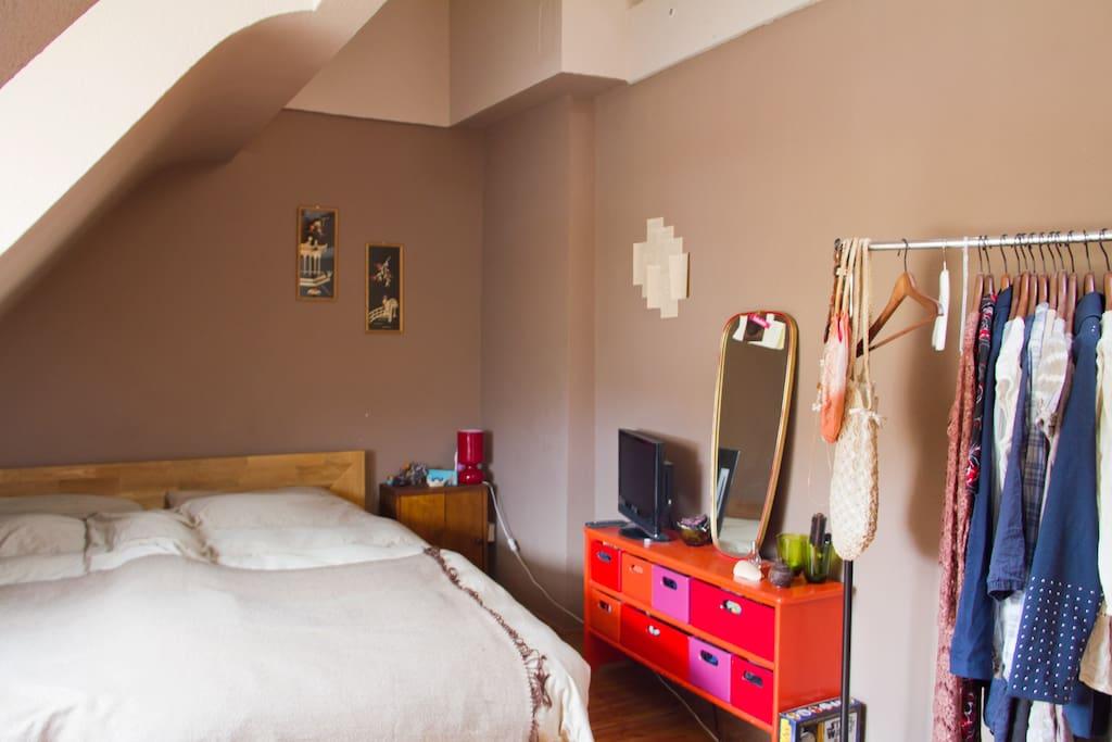 wohnung mit sch ner dachterasse wohnungen zur miete in k ln nordrhein westfalen deutschland. Black Bedroom Furniture Sets. Home Design Ideas
