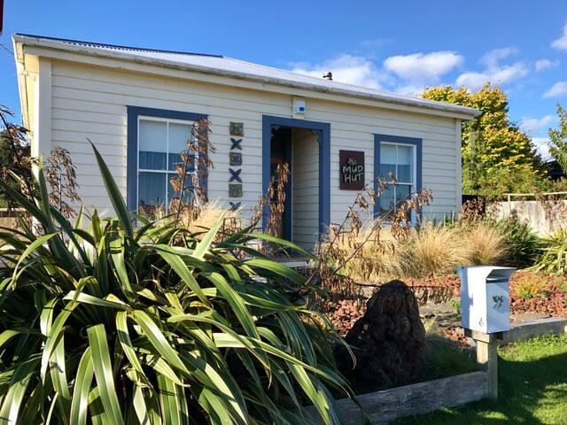 The Mud Hut - Ohakune - Hus