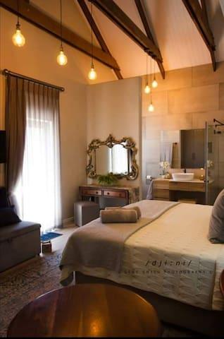 Bella Vue..... for stylish, luxury accommodation.