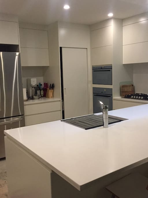 Beautifully renovated. Clean kitchen.
