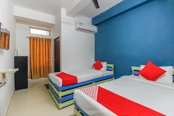 Hotel Anjali Inn 102