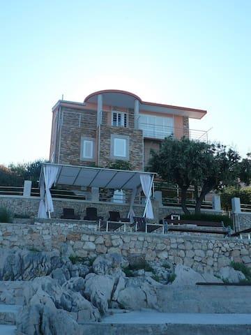 Villa Martina by the sea