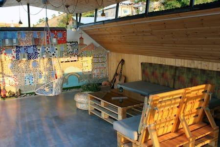 Cozy home & Rooftop terrace