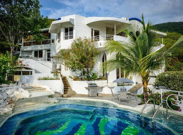 3 - Sunset Villa : pool & coworking Santa Marta