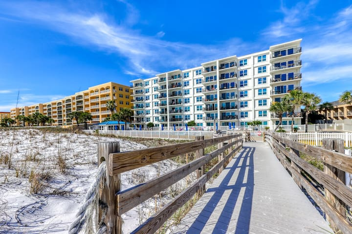 Amazing Gulf-Front View On Okaloosa Island, On-Site Pool, Walk-In Shower