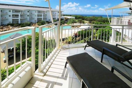 Amazing Ocean Views Salt Beach - Apartment