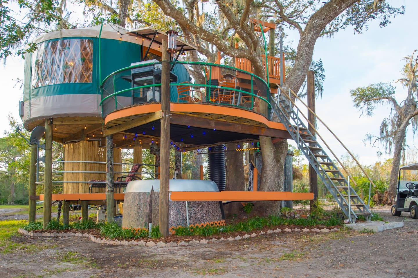 Tree house at Danville