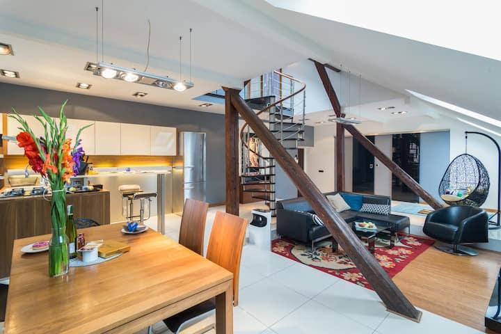 Magnífico loft de dos pisos