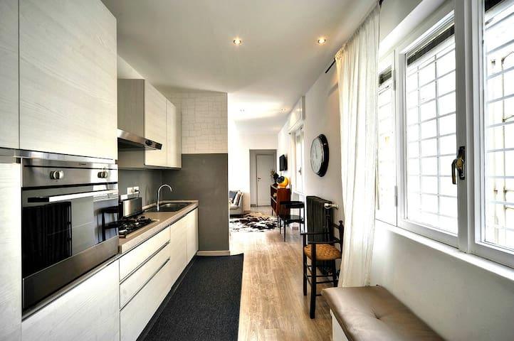 Attico luminoso e di design - Roma - Apartamento