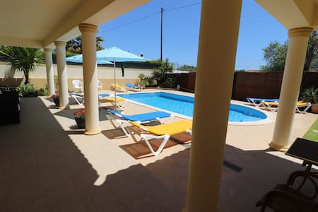 Double Bedroom with a Private Bathroom - ALBUFEIRA
