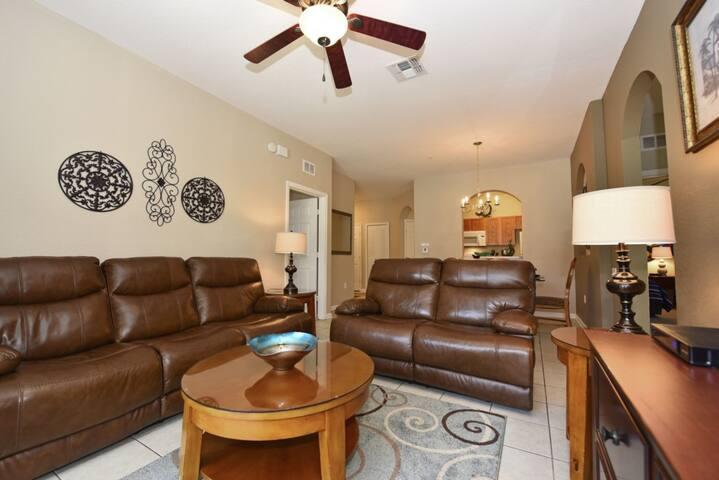 Windsor Hills condo #248456
