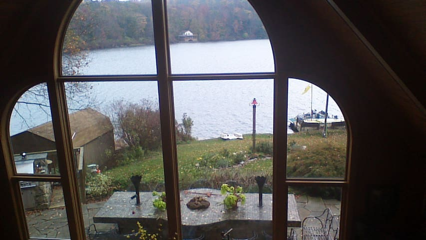 Family  room  view.