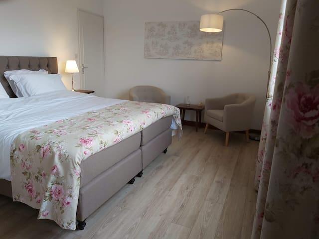 Luxe Chambres d'Hôtes Tissendie, in Bourg de Visa
