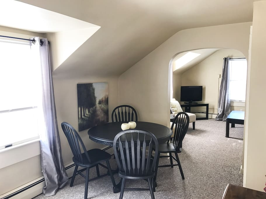 Cozy Upstairs In Millcreek Apartments For Rent In Erie Pennsylvania United States