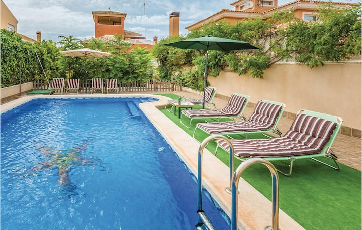 Beautiful home in Playa Honda with WiFi, Outdoor swimming pool and 5 Bedrooms