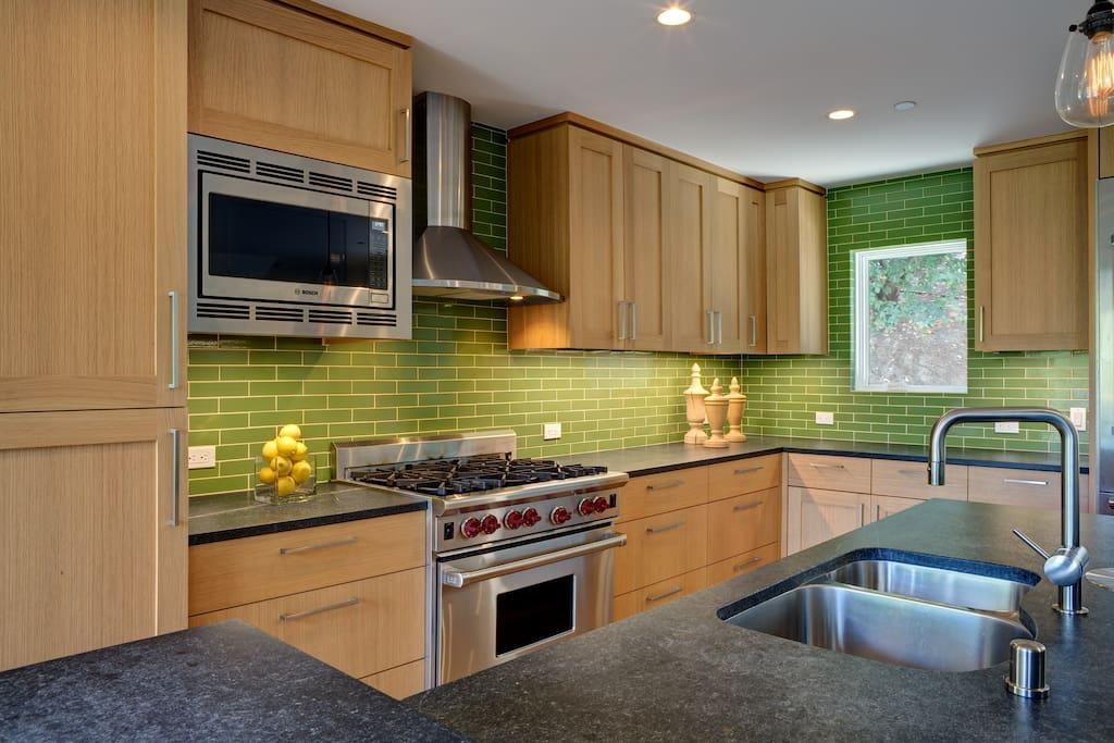 Kitchen - 'staged'