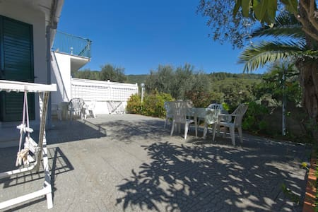 Gargano, apartment at 300 m from the sea (B) - Spiaggia di Vignanotica - Apartemen