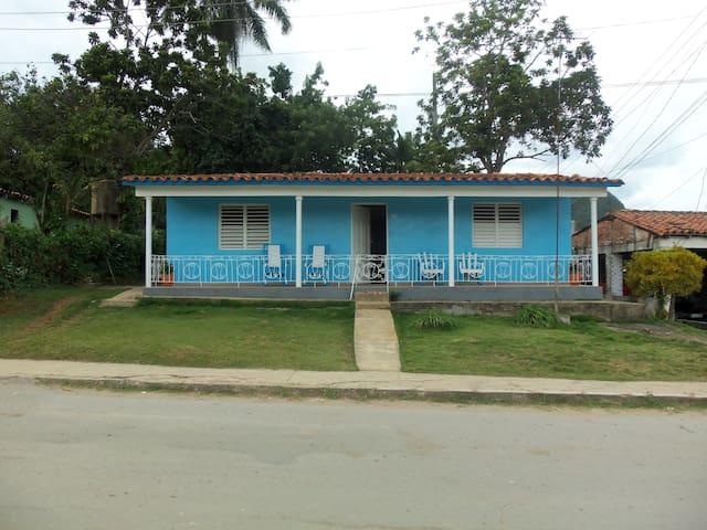 Casa Dayami y LazaroC