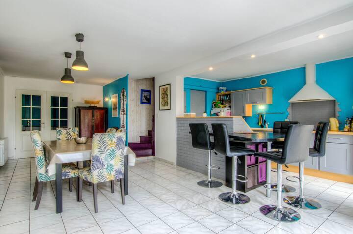Chambre avec salle d'eau à 25 min du Puy du Fou