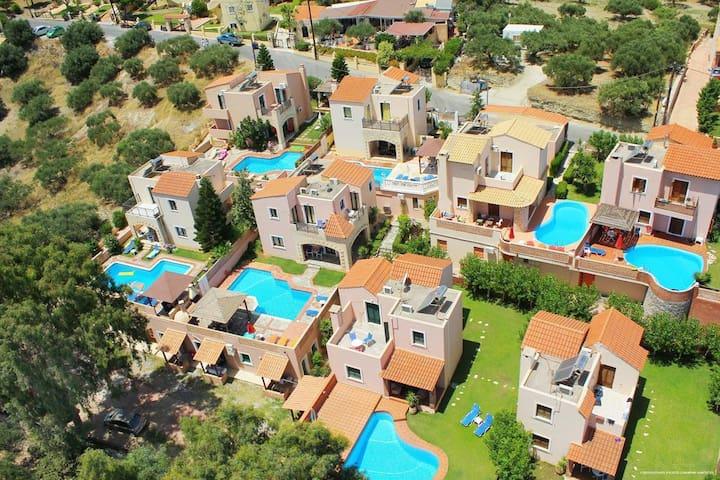 Renia's Villas (Thalia)