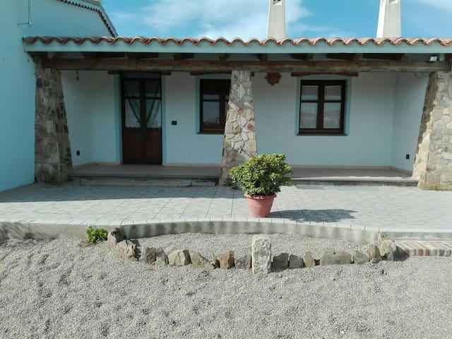 Villetta Costa Verde oasi di pace - Pistis - Lägenhet