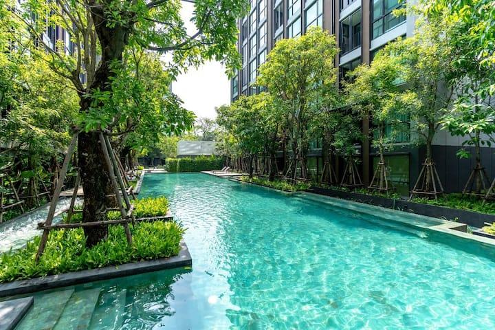 3-BTS thong lo 附近泳池公寓 直达暹罗 娜娜 四面佛 5-10分钟附近很多美食出行方便
