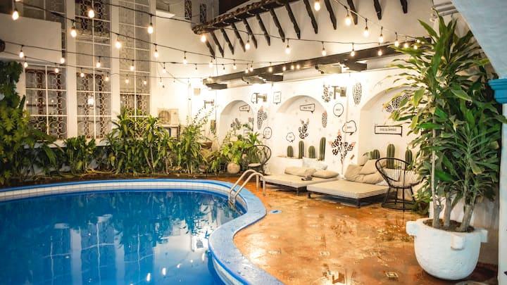 Selina Granada - Suite Room