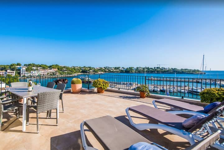 """Seafront Penthouse """"Es Port"""" with Sea View, Mountain View, Wi-Fi, A/C & Balcony; Parking Available"""