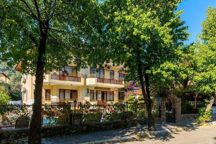 Aile Apartı,heryere yakın,sakin,huzurlu,temiz - İçmeler Belediyesi - Lägenhet