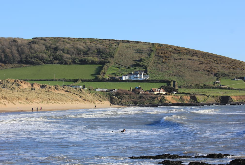 Heatherdown House, high tide Croyde