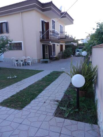 Only 30 km from Naples, near to sea - Castel Volturno - Villa