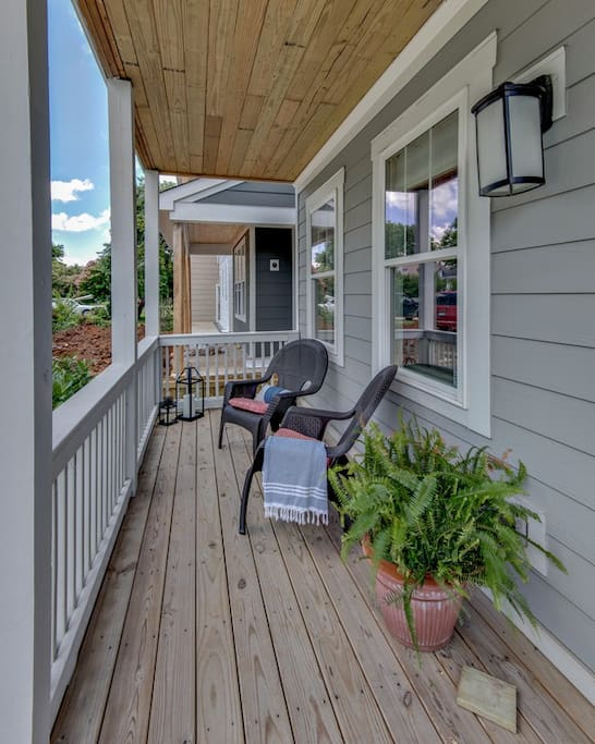 Fantastic and welcoming front porch