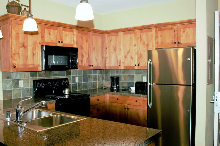 Luxury Suite w/Mt. Village View Unit 375 - Kellogg - Apto. en complejo residencial