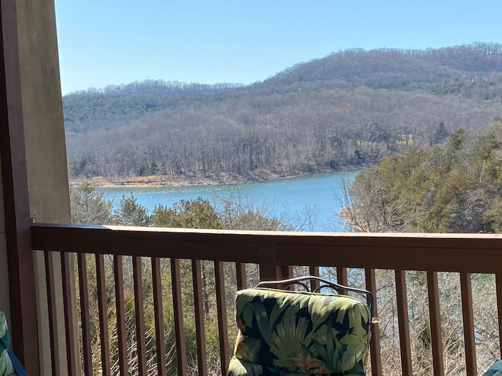Lakeview Haven-Next to Silver Dollar City
