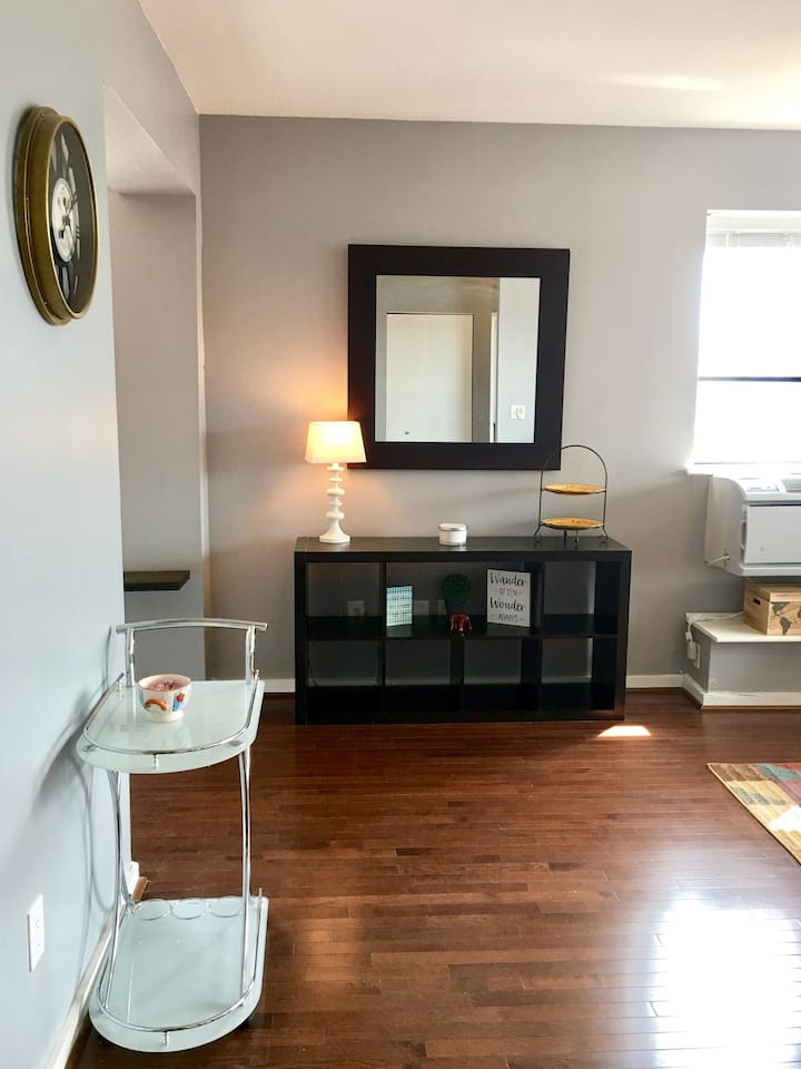One bedroom fully furnished condo.