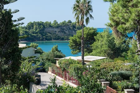 Lassi Getaway Villa Daphne - Argostolion - 別荘