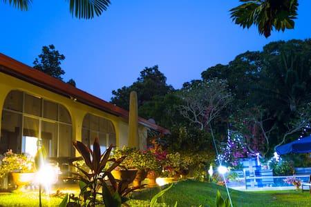 """Villa Anna Resort"" - Beruwala-Aluthgama - Beruwala"