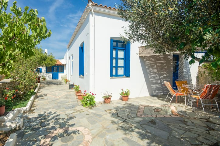 Vacation House in Kythera - Pitsinades - Huis
