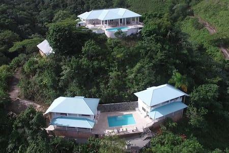 VillaNoria private mountain for 20