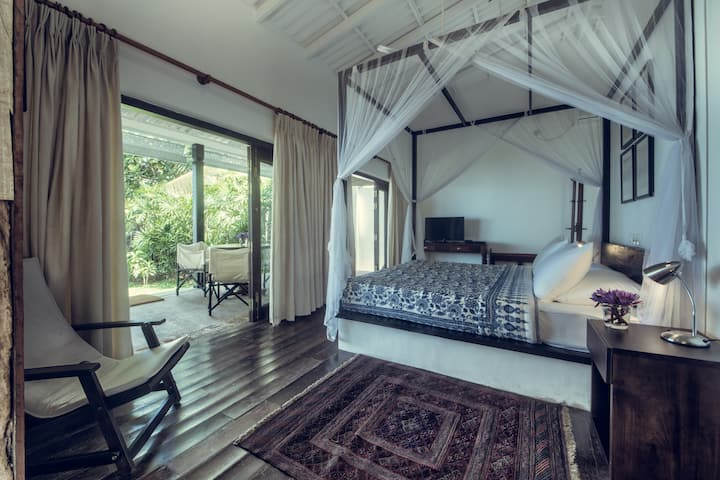 Luxury River Front Double Room in Bentota & 15%OFF
