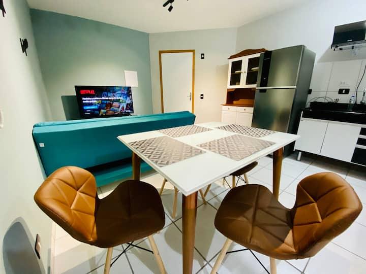 Apartamento Confortável C/ Ar, Wifi e SmarTV