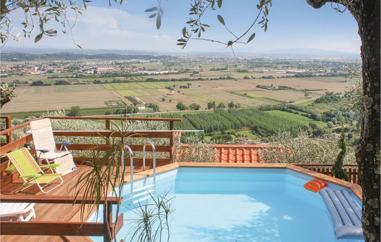 Holiday cottage with 1 bedroom on 40m² in Buti PI