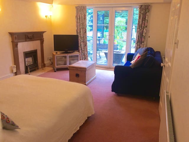 Rooms near Central Bath