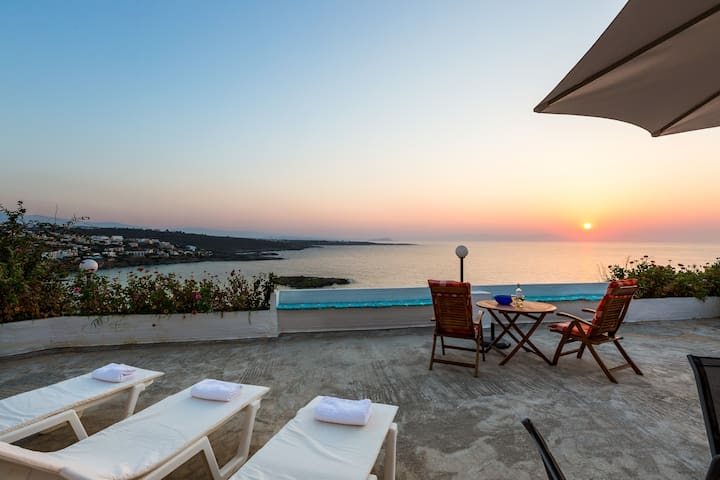 Kalathas Sunset Villa - 3BR Sea View