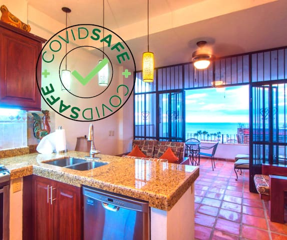 ★Clean & SANITIZED★Private Balcony w/OCEANVIEW★KB★