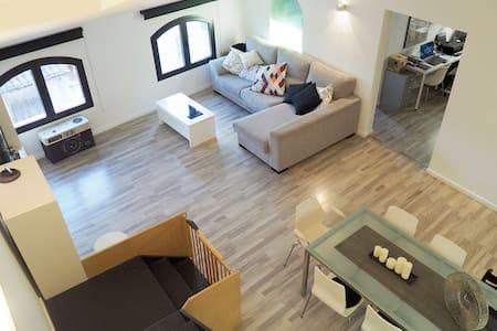 Loft amb estil ben situat - Montbrió del Camp